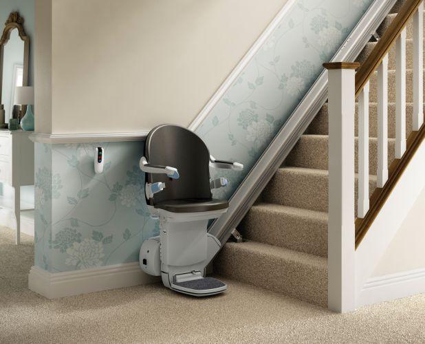 Straight Stairlift Installer in Newton Abbot, Torquay, Exeter, Plymouth, Barnstaple, Oakhampton, Devon
