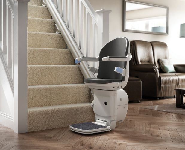 Straight Stairlifts Installer in Newton Abbot, Torquay, Exeter, Plymouth, Barnstaple, Oakhampton, Devon